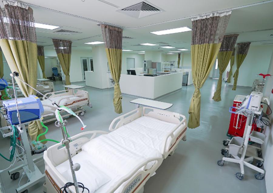 2F 集中治療室(10床)